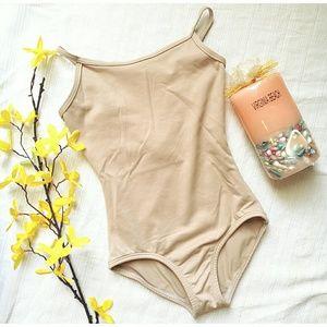 NEW Girls nude leotard Size 8-10